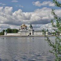 Ипатьевский м-рь, Кострома :: Святец Вячеслав