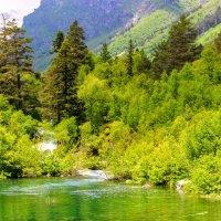 Первое Бадукское озеро принимает талые воды ледников :: Вячеслав Случившийся