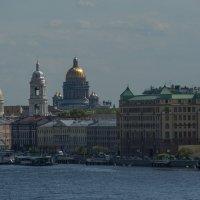 Вид с моста Бетанкура :: Наталья Левина