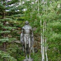 Индейский знахарь в благоговейной молитве :: Юрий Поляков