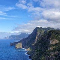 Остров Мадейра.Вид на восточную оконечность Понта-ди-Сан-Лоуренсу :: Анастасия Богатова