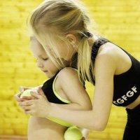 Помощь сестренке :: Nata Potapova