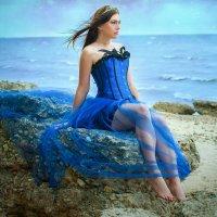 Девушка у моря :: Виктория Гревцева