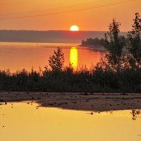 Закат на Волге . :: Яковлев Виктор