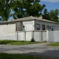 Шахты. Дом по ул. Ленина 118. :: Пётр Чернега