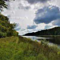 Где-то, в параллельном мире, облака летят в эфире... :: Ольга Русанова (olg-rusanowa2010)
