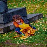 «Девочка и Осень» // Осень в Москве (#37) :: Absolute Zero
