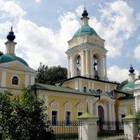 Храм Иоанна Богослова  в Могильцах :: Ольга Довженко