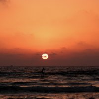 солнце над морем. :: Пётр Беркун