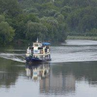 Плывёт, плывёт кораблик... :: Алекс Ант