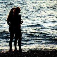 Девушки и море. :: игорь кио