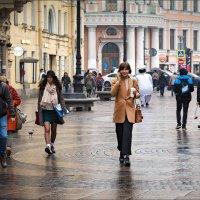 В городе дождь... :: Сергей Кичигин