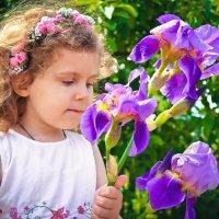 Девочка с цветком :: Юлия Шевцова