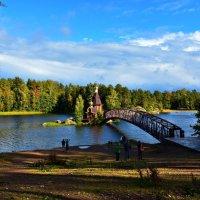 Озеро Вуокса, храм Андрея Первозванного :: евгения