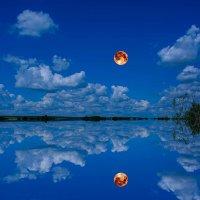 Облака проплывают волнами... им сейчас по пути с луной. :: Виктор Малород