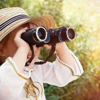 Девочка с биноклем :: Анастасия Сазанова