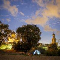 Под стенами монастыря :: Арина