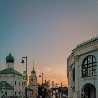 Вечер на Варварке. :: Владимир Ёлкин