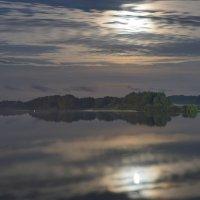 Ночь над рекой. :: Арина