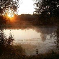Осеннее утро :: Геннадий Худолеев
