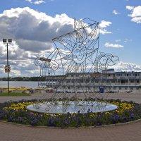 На причале в Костроме :: Нина Синица