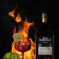 Реклама доминиканского рома Ron Barcelo Anejo. Почувствуй жар внутри себя! :: Евгений Печенин