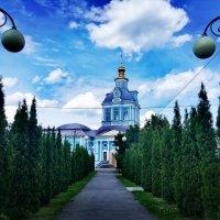 Храм св. мучеников Флора и Лавра :: Петр Ваницын