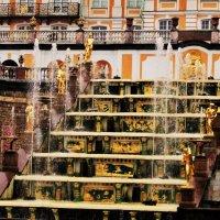 Часть Большого каскада в Петергофе :: Aida10