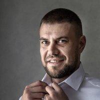 Мужской портрет :: Валерий Чернов