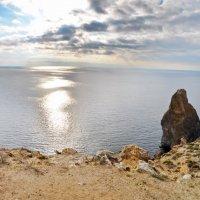 Осеннее небо Крыма :: Алексей Михалев