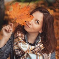 Осенний портрет :: Людмила Утешева