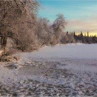 По первому льду... :: Владимир Чикота