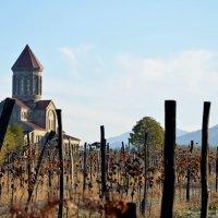 Церковь, горы и вино :: BY theSEA