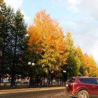 Осень в городе :: Наталья Пендюк Пендюк