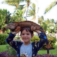 """Лето радости в Никарагуа(""""Я  игуану не  боюсь!"""") :: Виталий Селиванов"""