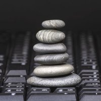 Камни и кнопки :: Валерий Чернов