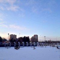 Ледовый дворец (рядом) :: Valeriy