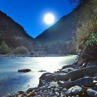 В лунном свете :: Денис Масленников