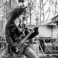 гитарист :: Яна Пикулик
