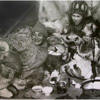 За чашкой чая :: Геннадий Худолеев