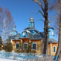 Храм в поселке Рудничный Кировской области... :: Александр Широнин