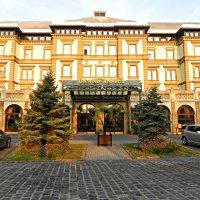 Отель на острове Маргит. Будапешт :: Светлана Хращевская