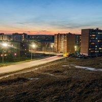 Вид на вечернюю апрельскую Ухту с так называемой Пионер-горы. :: Николай Зиновьев