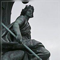 3.Памятник Николаю I и его фрагменты (Сила) :: Юрий Велицкий
