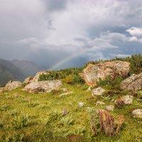 Погода в горах словно женский каприз. :: Slava Sh