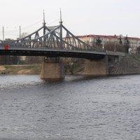 Волга в Твери :: александр пеньков