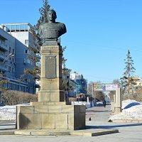 Памятник А.И.Покрышкину :: Татьяна Лютаева