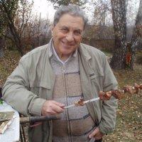 Любитель шашлыка :: Борис