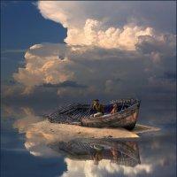 Плывут облака :: Виктор Перякин