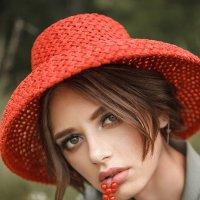 Red Riding Hood :: Olga Burmistrova